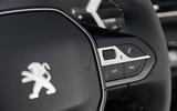 Peugeot 5008 audio controls