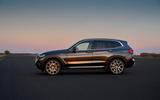 53 BMW X3 2021 LCI official static side