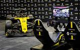 Renault e-sports 2020 - F1 car and sim
