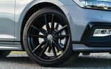 Volkswagen passat Estate R Line 2019 UK review - alloy wheels