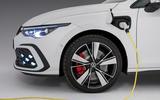 Volkswagen Golf GTE 2020 - wheel