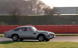 Aston Martin DB5 - tracking side