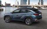 Hyundai Tuscon - side