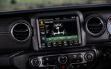 Jeep Wrangler 2019 UK first drive review - infotainment offroad
