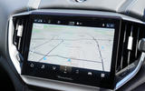 8 Maserati Ghibli Hybrid 2021 UK FD infotainment