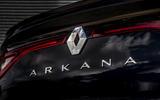 8 Renault Arkana 2021 UK FD rear badge