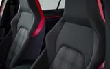 Volkswagen Golf GTI 2020 - seats