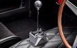 88 Bell Sport Classic 330 LMB gearstick