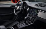 89 Porsche Macan 2021 official images centre console