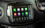 Jeep renegade Longitude 2019 UK first drive review - infotainment