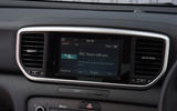 Kia Sportage 1.6 GDI '2' 2018 UK first drive infotainment