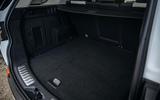 9 Land Rover Discovery P300e 2021 UK FD boot