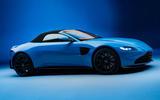 Aston Martin Vantage Roadster 2020 - official press images - roof up