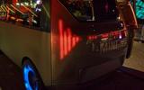 90 Mini Urbanaut 2021 concept proto night rear