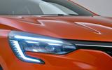 Renault Clio 2019 Autocar studio static - daytime running lights