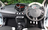 94 Renault Twingo RS UBG 2021 interior