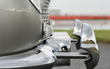 Aston Martin DB5 Goldfinger Continuation machine guns