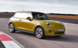 Mini Cooper SE prototype drive 2019 - cornering front