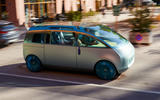 96 Mini Urbanaut 2021 concept proto driving