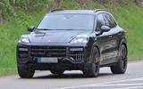 96 Porsche Cayenne 2022 spies nose