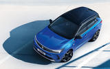 98 Vauxhall Astra 2021 teaser images static roof