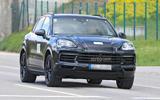 99 Porsche Cayenne 2022 spies lead