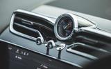 9 LUC Bentley Bentayga Range Rover 2021 0059