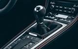 Porsche 718 Cayman GT4 static - gearstick