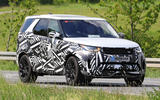 2021 Land Rover Discovery facelift prototype - front