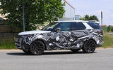 2021 Land Rover Discovery facelift prototype - side