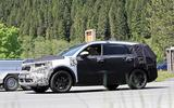 New Kia Sorento spyshot side 3/4