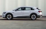Audi E-tron 50 - side