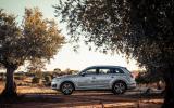Audi Q7 e-tron side profile