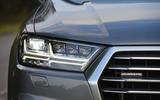 Audi Q7 e-tron LED headlights
