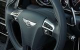 Bentley Flying Spur V8S steering wheel