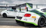 Bentley Continental GT3 vs Bentley Continental GT3-R