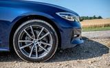 BMW 318d Sport front wheel
