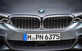 BMW 530d Touring front grille