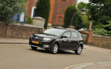 Dacia Sandero Stepway LPG cornering