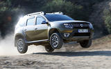 Dacia Duster jumping