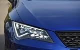 Seat Leon SC Cupra 300 headlights