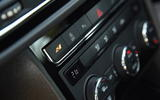 Seat Leon SC Cupra 300 climate controls