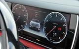 Mercedes-Benz S500 Cabriolet digital instruments
