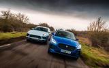 Porsche Macan vs Jaguar E-Pace 2019 - twin tracking
