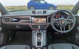 Porsche Macan vs Jaguar E-Pace 2019 - Porsche interior