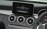 Mercedes-Benz C 220 d infotainment