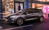 Ford Fiesta 2020 at night