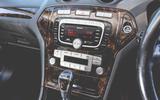 2008 Ford Mondeo centre console
