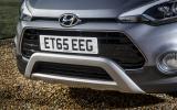 Hyundai i20 Active front mud guard