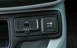 Jeep Renegade 2018 review USB port